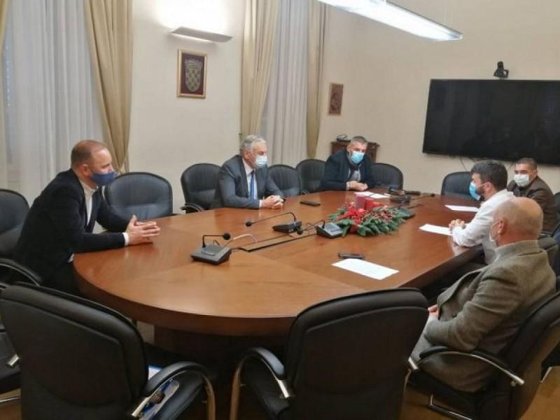 MIRISI BOŽIĆA ĆE SE ODRŽATI Agroturizam Konavle predstavio županu ovogodišnji program