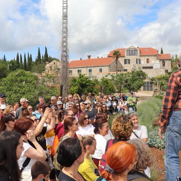 Poziv na vođenu pješačku turu kroz Konavle Radovčići – Poljice – Radovčići